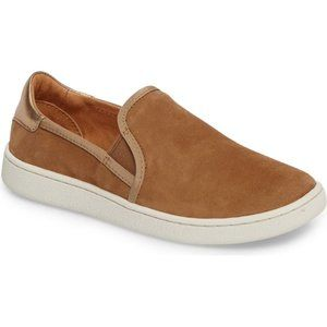 NWT! UGG The Cas Slip-on Suede Sneaker